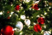 ИзображениеАвтосалон «АвтоСтайл» поздравляет всех с наступающим Новым годом и Рождеством!!!